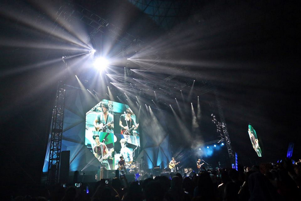[LIVE REPORT] CNBLUE Can't Stop Live in Malaysia (French version)