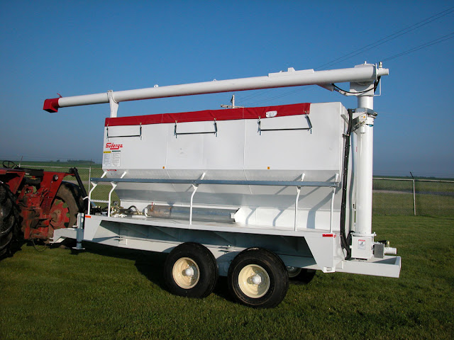 Auger Wagon6
