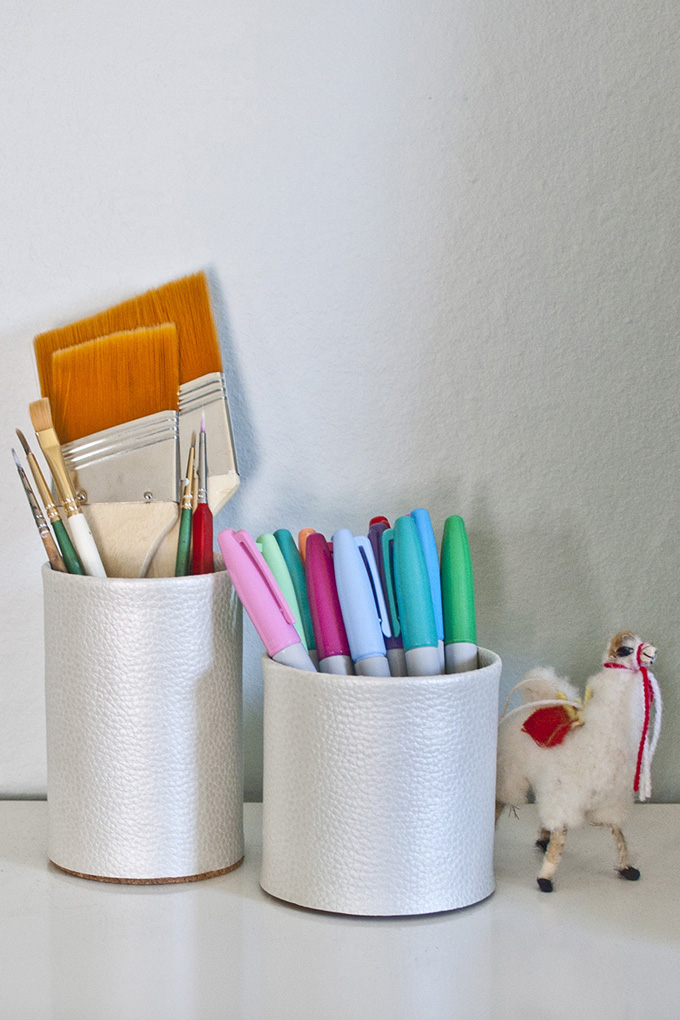 Thanks i made it diy 3 ways leather desk accessories for Diy office accessories