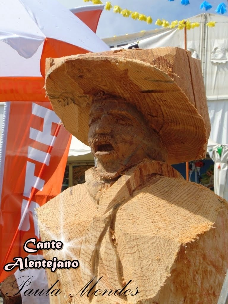 Escultura feita em Amoreiras-Gare Alentejo.