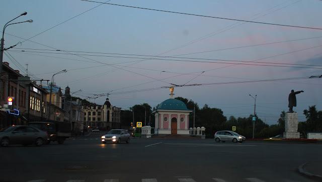 часовенка в центре Томска