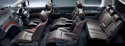 Premium MPV 2011 Nissan Elgrand 2