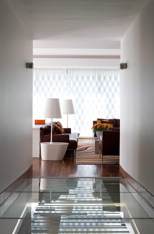 Hogares frescos modesta residencia utilizando materiales for Diseno de interiores hogares frescos