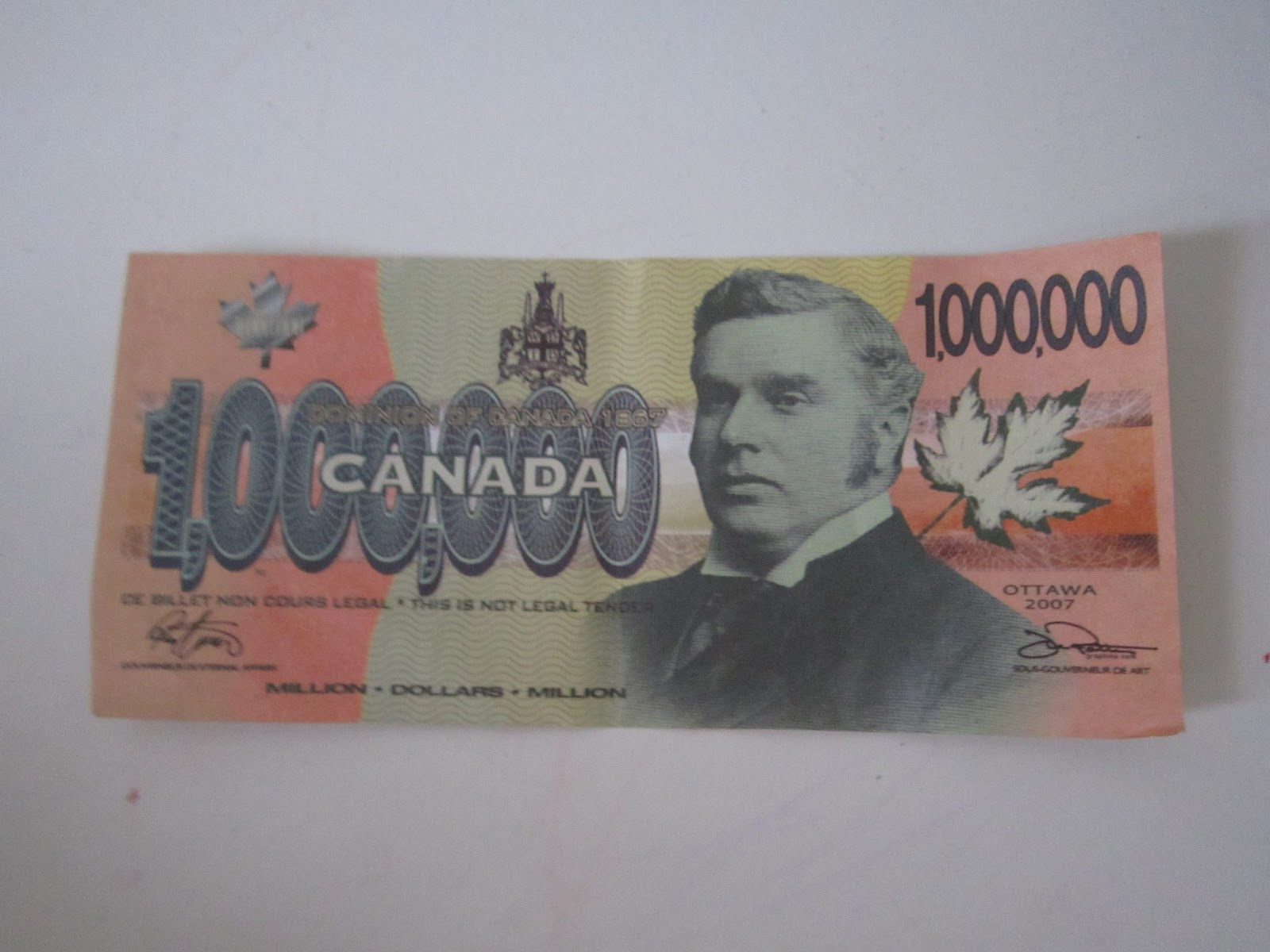 if i had a million dollars Canadian dollar essay the canadian dollar the canadian dollar has seen its ups and downs compared to the us dollar for many years.