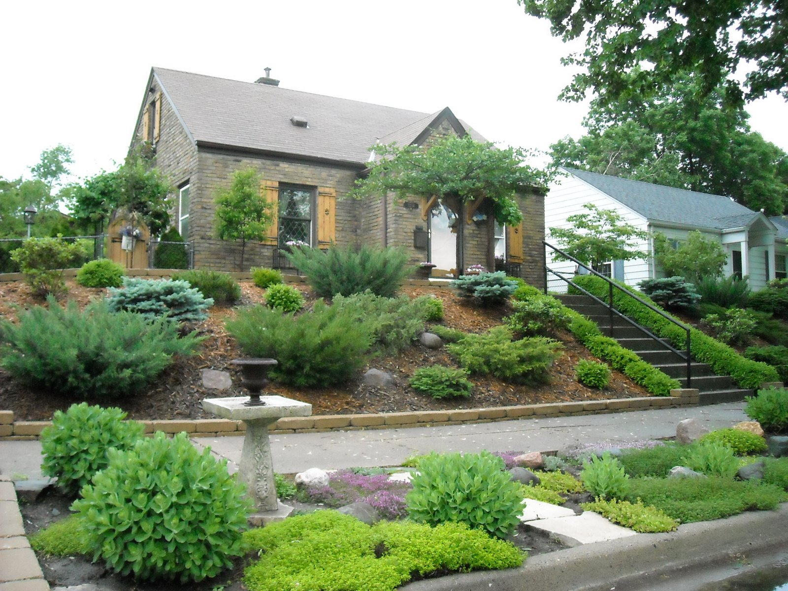 Landscaping Landscaping Ideas For Front Yards On A Hill