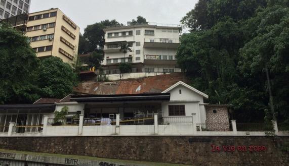 Lereng bukit Jalan Raja Chulan dilanda tanah runtuh