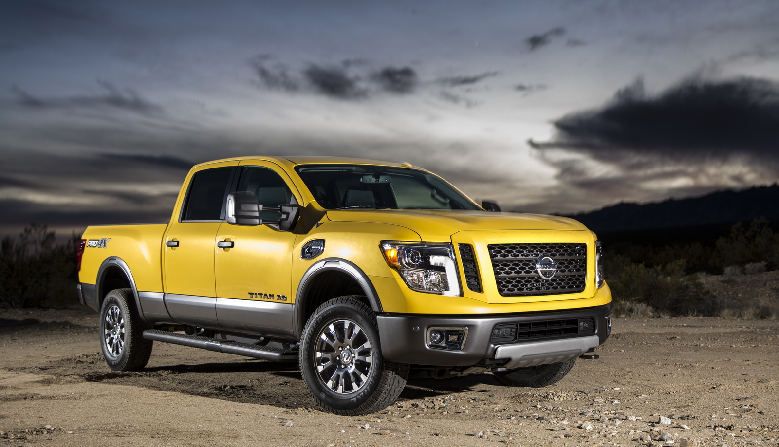 Lifted Nissan Titan 4X4 For Sale hd gallery