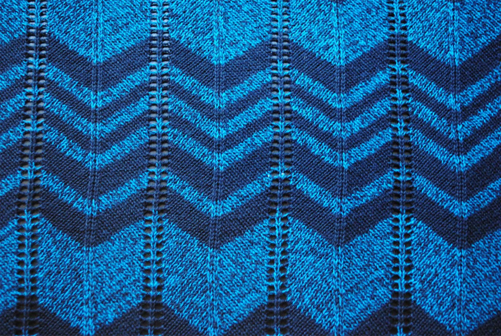 Knitting Stitches Chevron : zakka life: Missoni Inspired Chevron Knitting Pattern