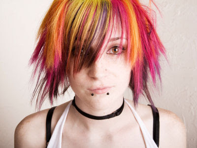 Punk Hairstyles on New Life Style  Emo Punk Hairstyle