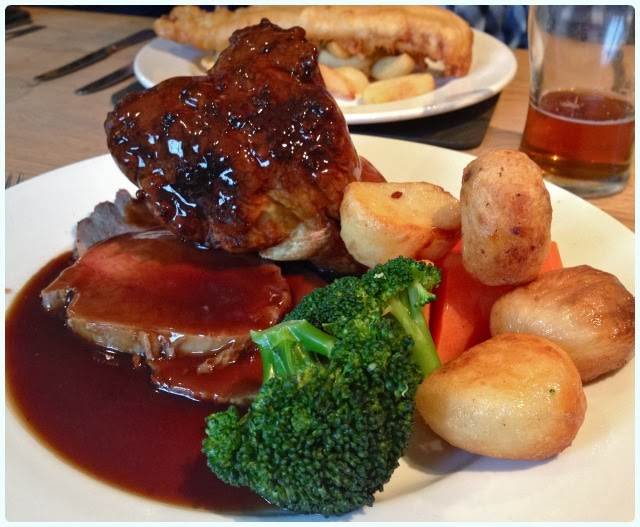 Yew Tree Inn, Anglezarke - Roast Beef