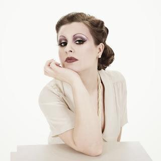 20's makeup trend