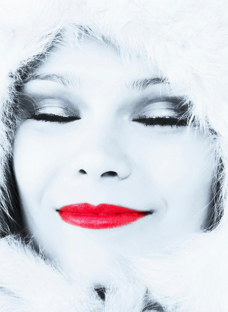 mujer invierno nieve