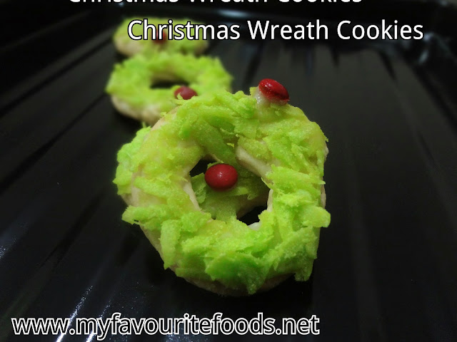 xmas wreath cookies