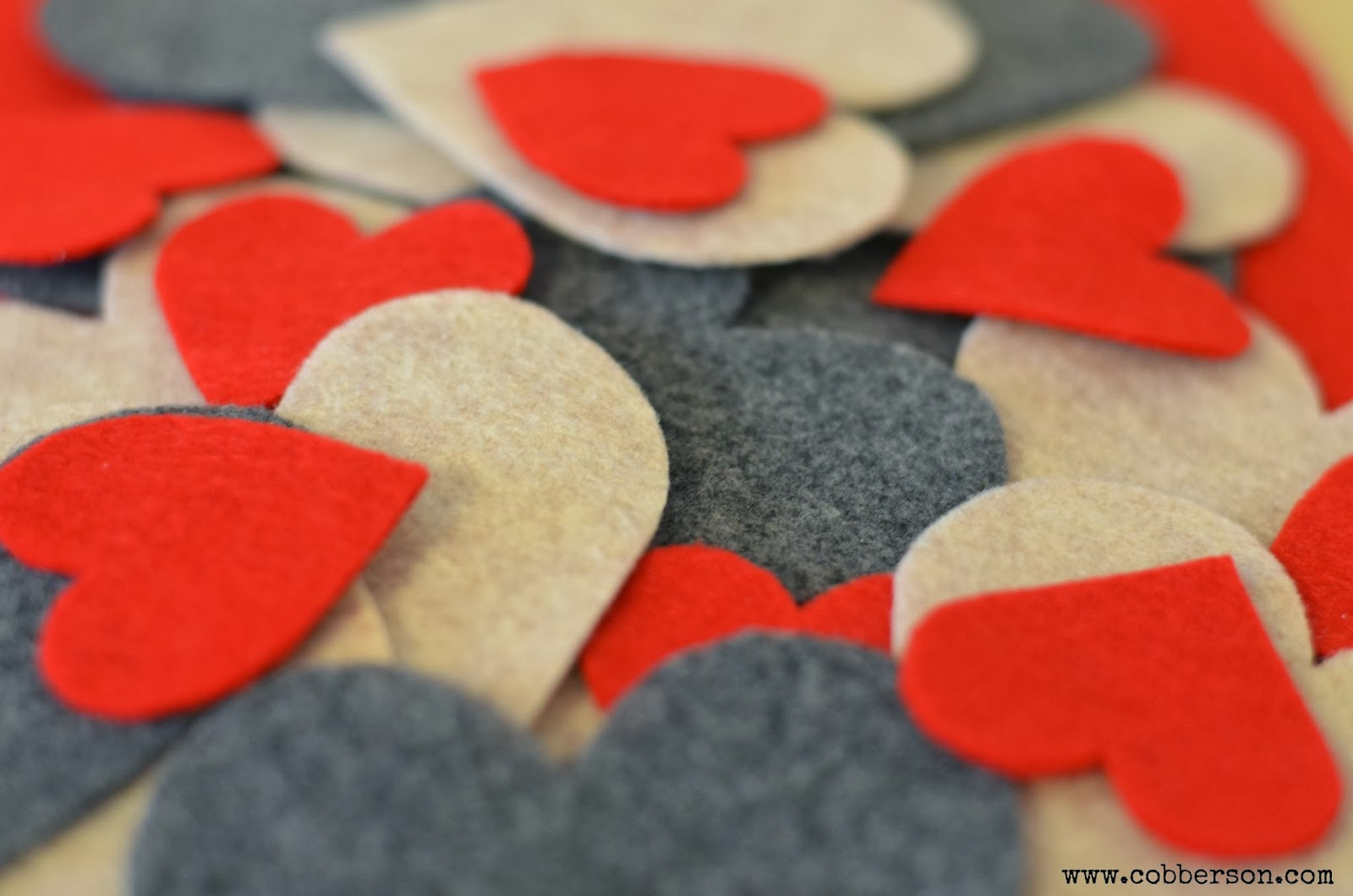 Cobberson and Co: Felt hearts