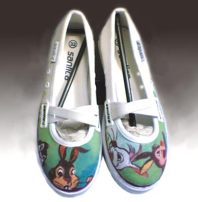 sepatu,lukis,sepatu lukis cewek,sepatu lukis kartun,sepatu lukis karikatur,sepatu lukis,sepatu lukis cewe