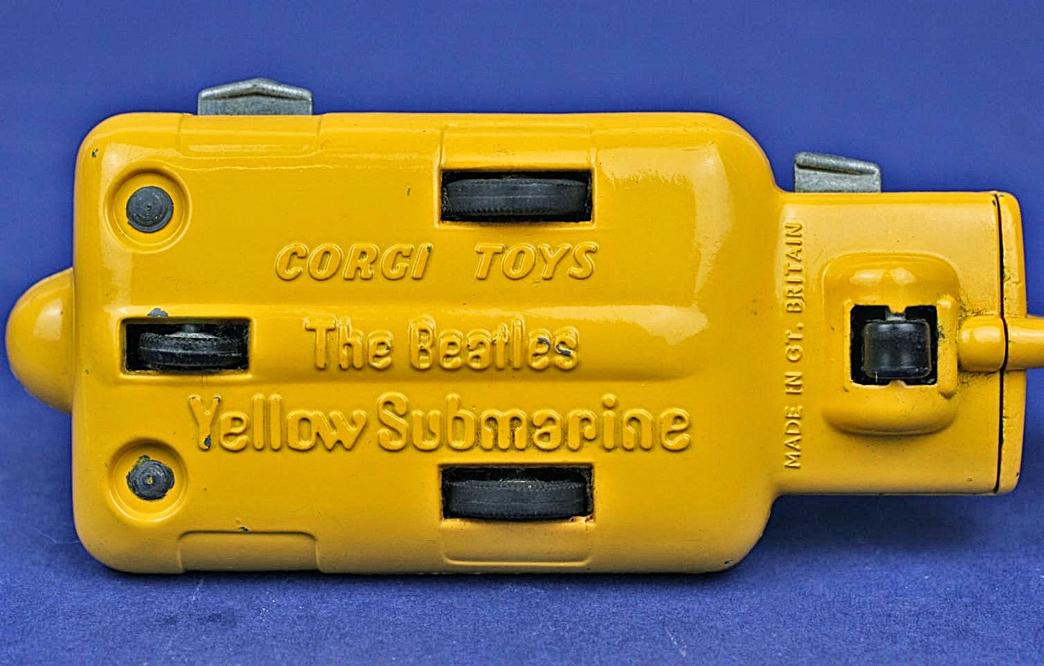 Scale Model News: CORGI TOYS YELLOW SUBMARINE - VALUABLE SURVIVOR FROM ...