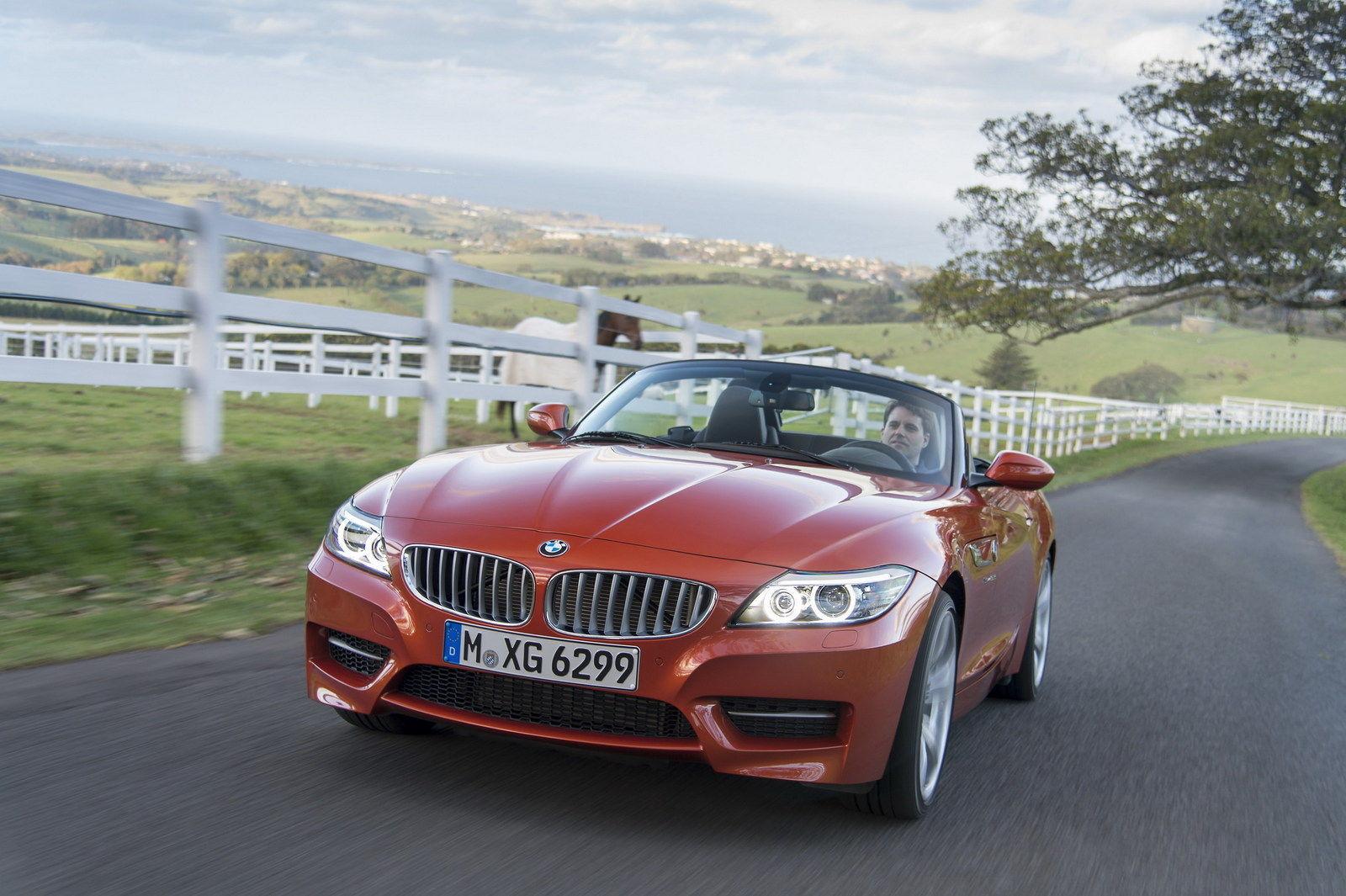 a car 2014 BMW Z4