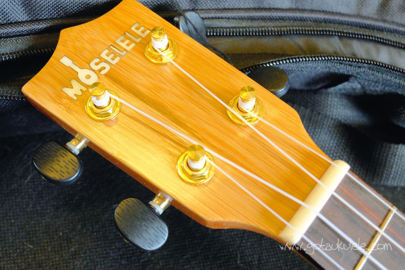 Moselele Solid Electro Bambookulele headstock