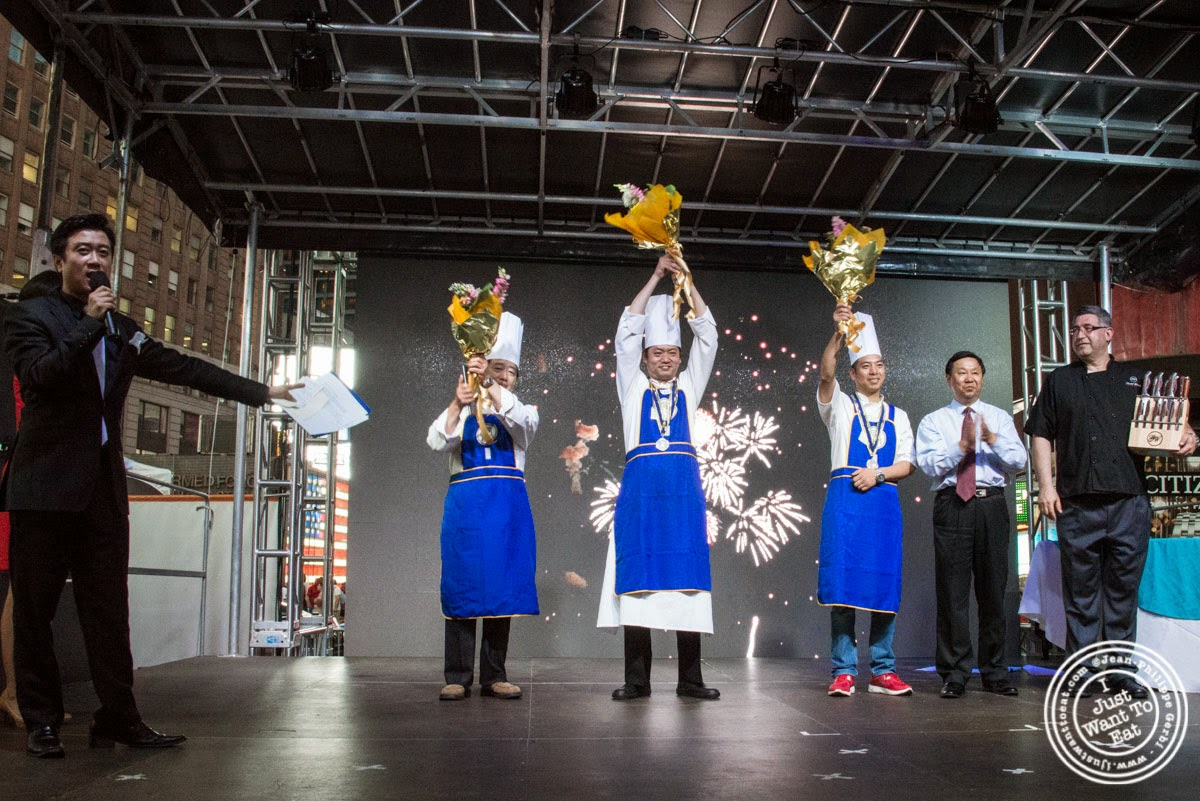 image of Chefs at Taste of Asia 2014: Huaiyang cuisine cook off