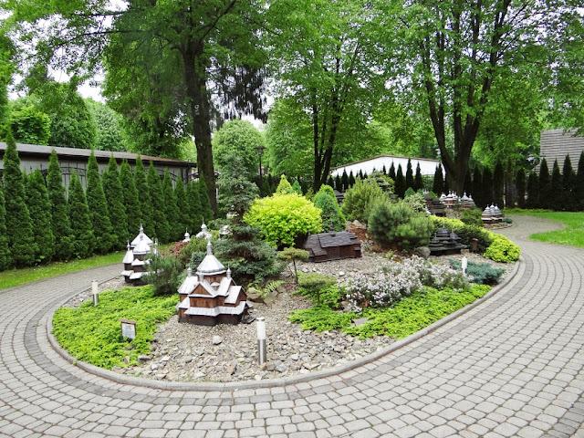 Miniaturowe świątynie