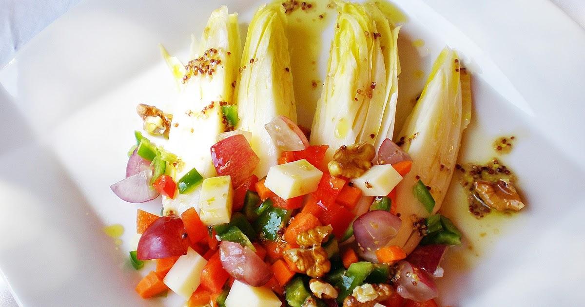 Blog de cuina de la dolorss: Ensalada de endibias con queso y uvas