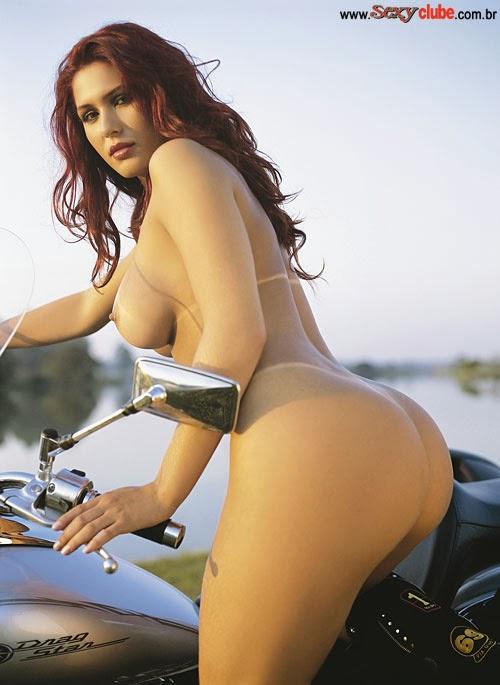 Livia Andrade pelada
