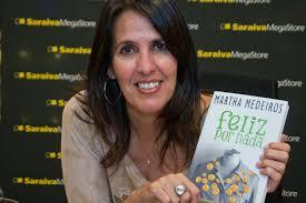Abaixo a escritora Martha Medeiros