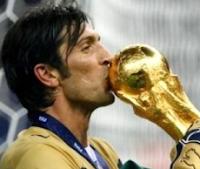 best goalkeeper - buffon