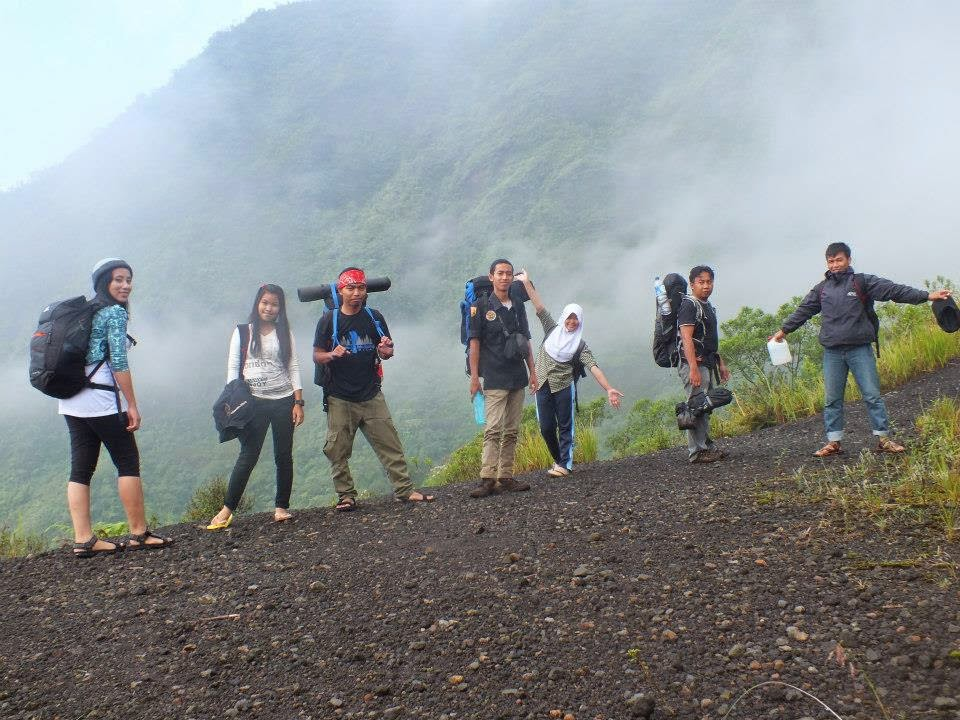 Photo Bareng Di Gunung Galunggung