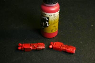 Rojo fuego sobre las armas de plasma de la Stormraven