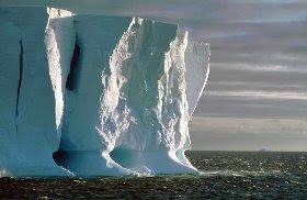 El calentamiento global amenaza la plataforma helada de la Antártida.