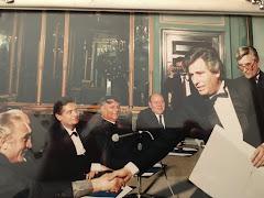 LONDRA 1980 LAUREA HONORIS CAUSA IN GIORNALISMO CONSEGNATA DA RUGGERO ORLANDO