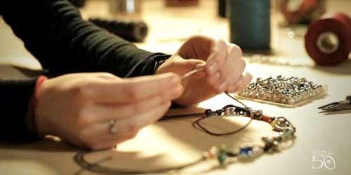 uno de 50 joyas artesanales