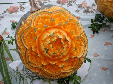 vegetablecarving281429 - Vegetable and Fruit Carvings