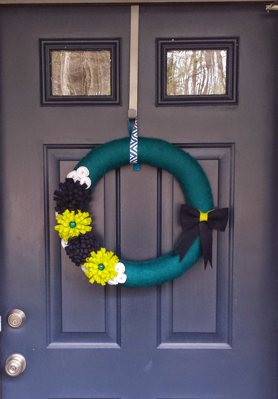 handmade wreath by COZYmade :: foxwithglasses.blogspot.com