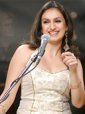 Akriti Kakkar Smiley Pictures