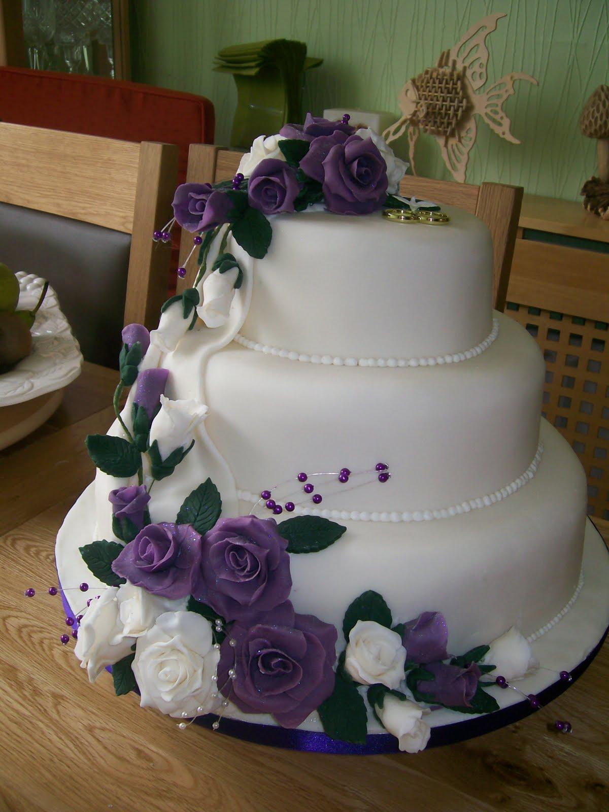 http://4.bp.blogspot.com/-KoJTt7nOYSM/TmPs8w6wE4I/AAAAAAAAAAk/bDyMF7CyTRk/s1600/cake1.jpg