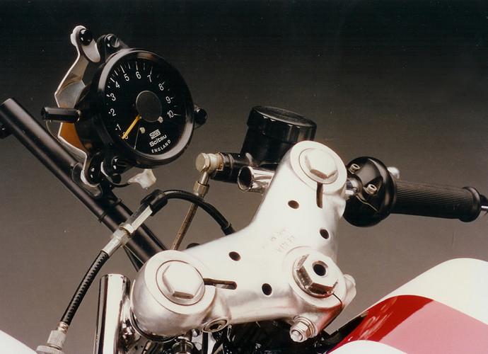 Machines de courses ( Race bikes ) - Page 8 Yamaha%2BKR%2B500%2BVicente%2BDesign%2B04