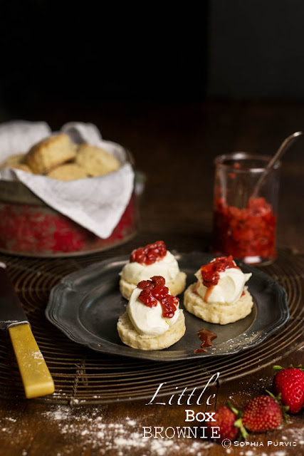 Scones with apple cider strawberries