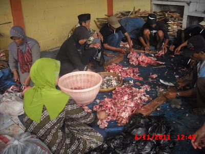 Semarak Berkah Kurban Idul Adha 2011 di Rumah Anak Asuh