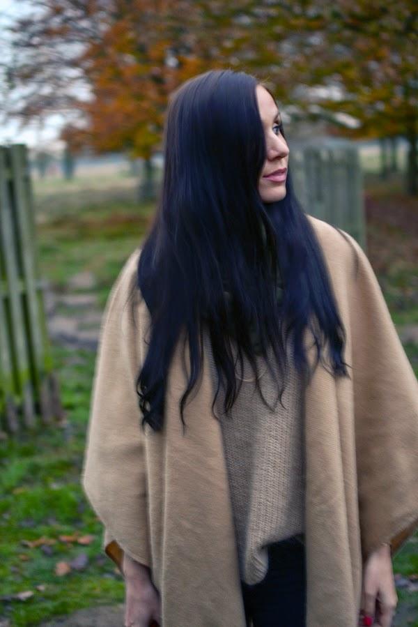 LamourDeJuliette_Cape_Winter_Outfit_Autumn_Fashion_Winter_Fashion_Look_001