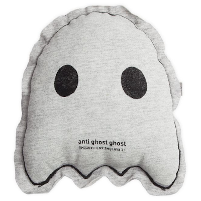 Le Petit M Anti Ghost Glow In The Dark Pillow