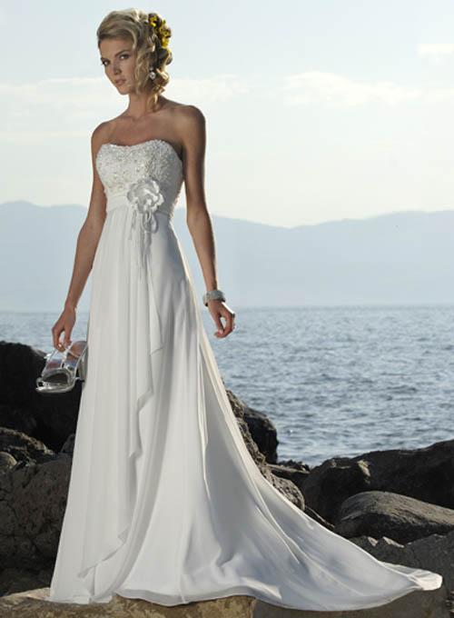 Wedding: Simple Strapless Wedding Dress