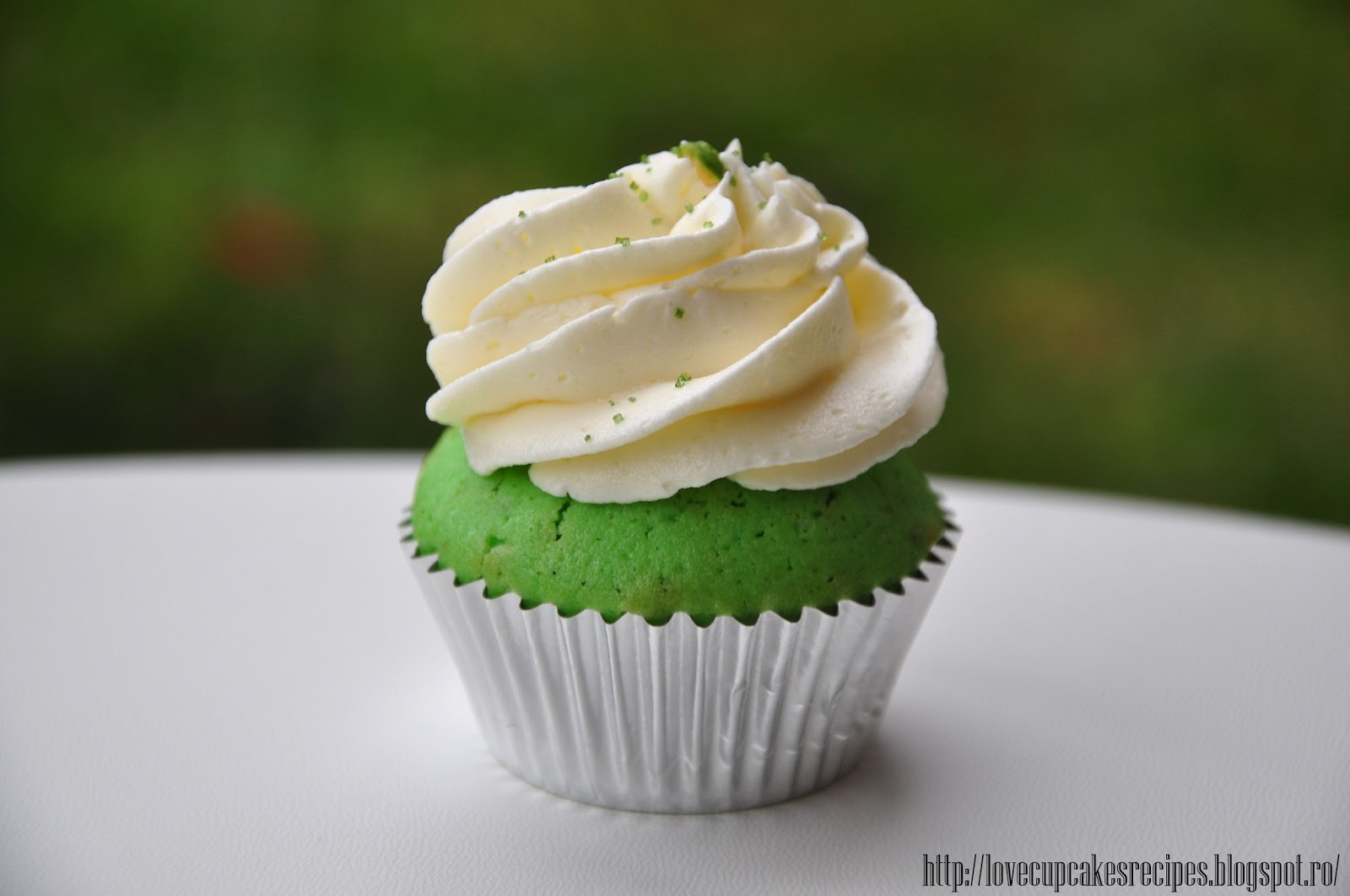 Pistachio Cupcakes | Love, Sweets & Cupcakes