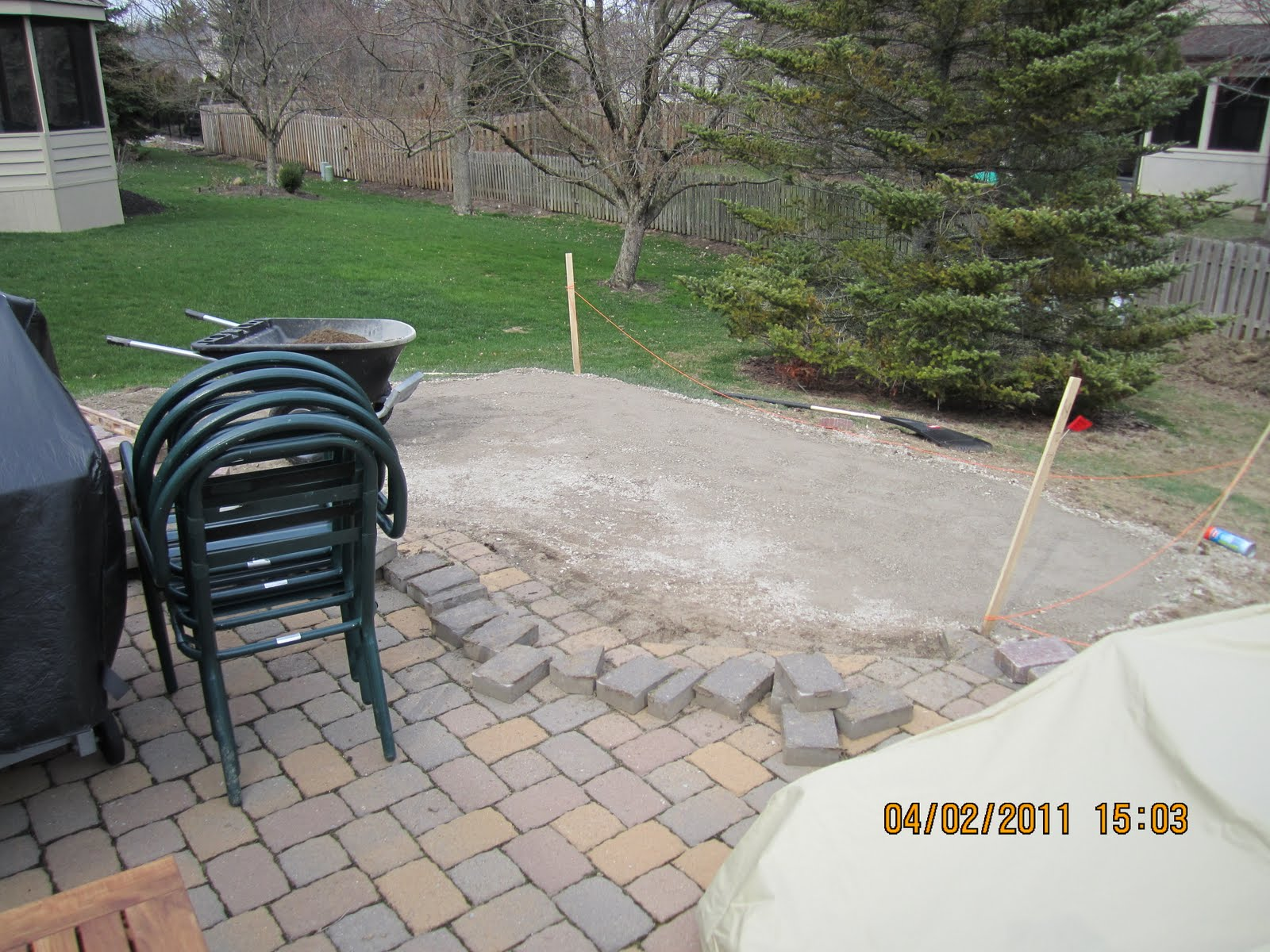 crushed stone patio viewing gallery