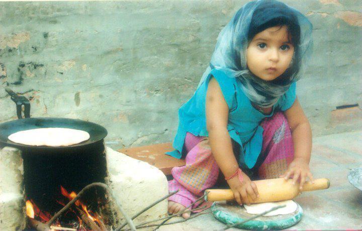 Cute Pakistani Baby Girls Picture