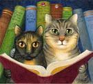 Gatos leyendo