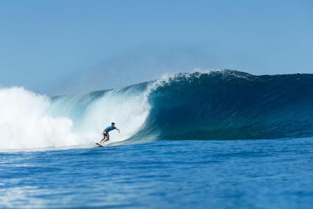 3 Gabriel Medina Billabong Pro Tahiti Foto WSL Stephen Robertson
