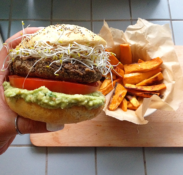vegetarisk hamburgare svarta bönor