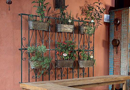 jardim vertical tecido: de uma área externa sem cobertura,opte por tecidos impermeáveis